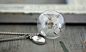 dandelion necklace (1)